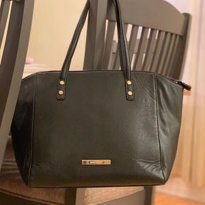 Used Anne Klein Black Zippered Handle Bag
